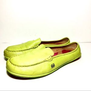 Born Yellow-Green Leather Loafers SzUS10/ EU42